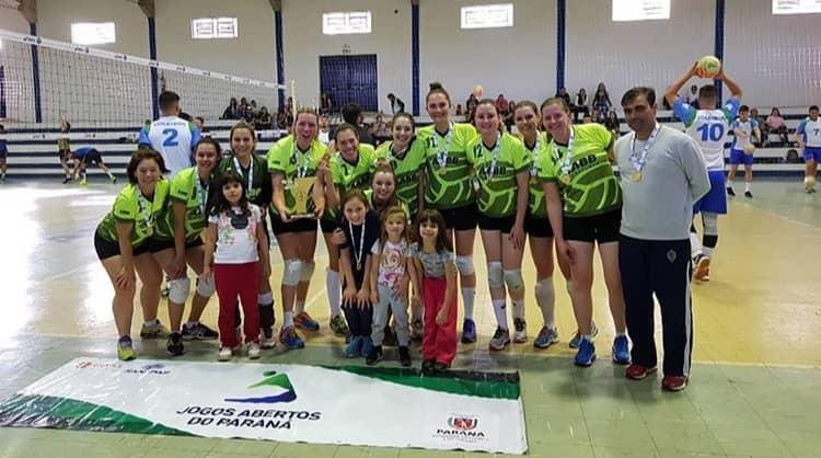 No voleibol 4266bb93667da