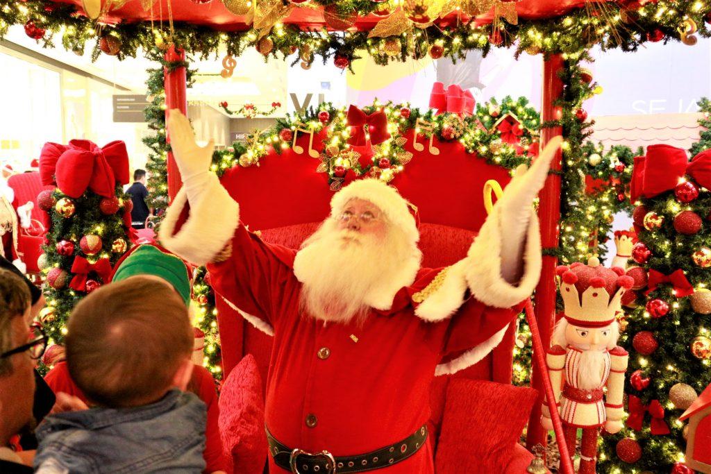 Papai Noel e as boas vindas ao Natal (Foto  Divulgação) 95d77e15423de